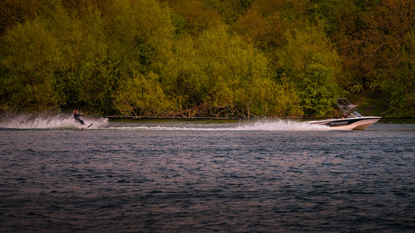 Slalom Monoski and boat on the water..